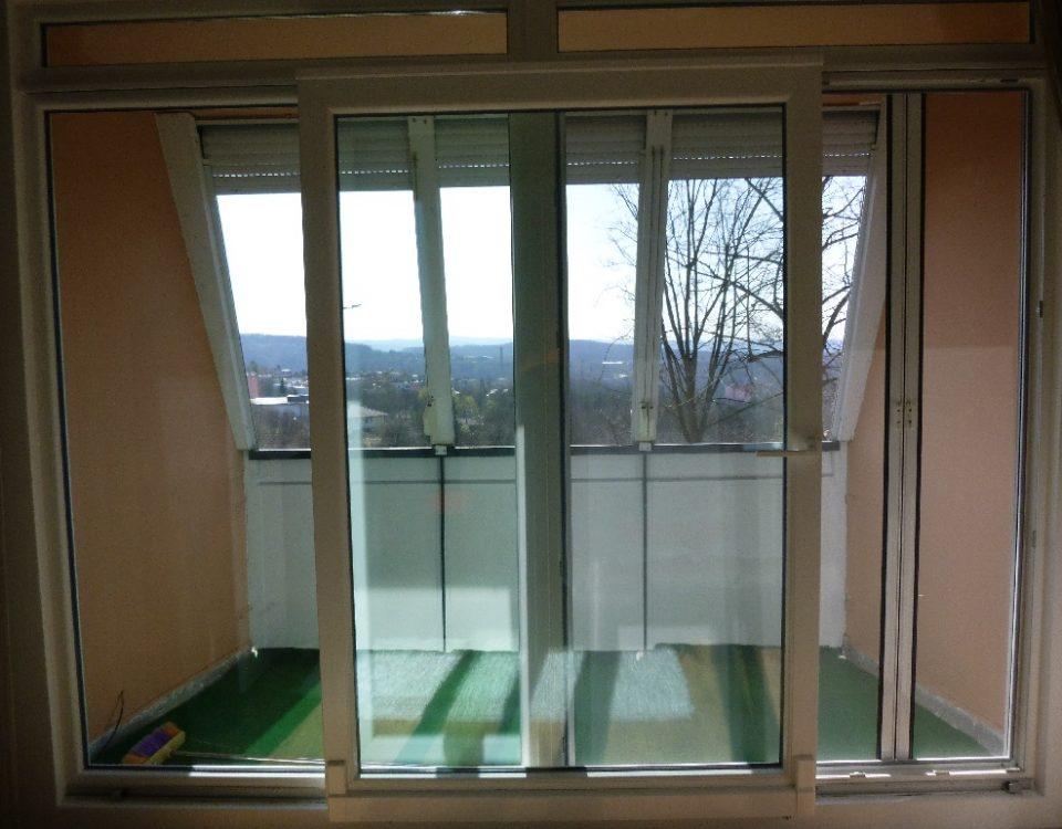 műanyag ablak, műanyag nyílászáró, műanyag nyílászárók, műanyag ablakok, fa ablak, fa nyílászáró