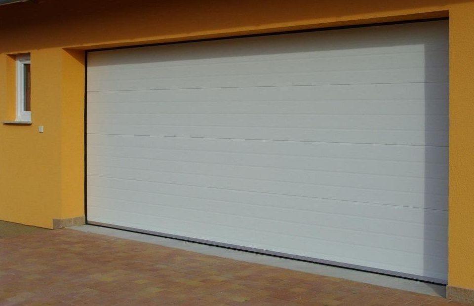 garázskapu, szekcionált garázskapu, garázsajtó, szekcionált garázsajtó, eurodoor
