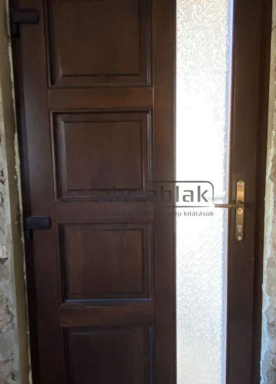 fa bejárati ajtó, bejárati ajtó, műanyag bejárati ajtó, fa ajtó, műanyag ajtó, ajtó